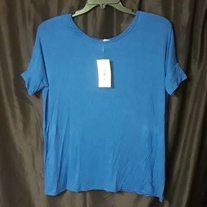 Honey and Lace Tustin Tunic TOP BLUE, New with tag